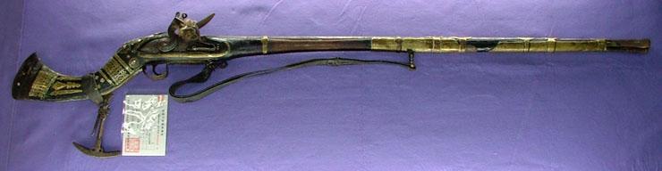 火打ち式銃 (フリントロック)(「企画展 甲冑 西と東」展示品)写真