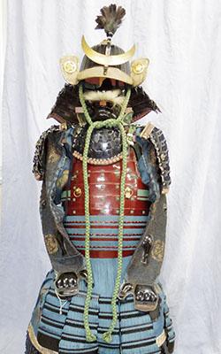 時代甲冑 (丸に桔梗紋)写真