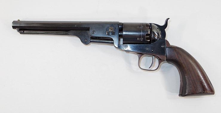 Colt51 navy (コルト51 ネービータイプ) 6連発リボルバー管打銃 写真